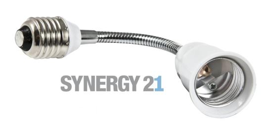 SYNERGY21 LED Adapter für LED-Leuchtmittel E27 -> E27 kurz